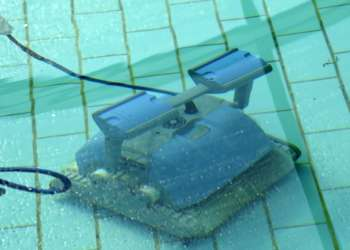 Installation Of Robot Pool Sweeper