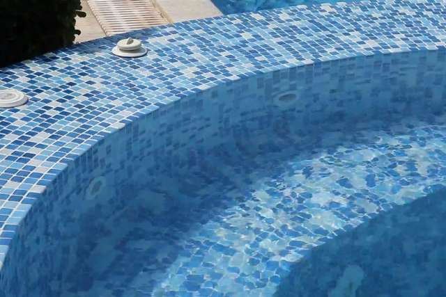 Pekcan pool; waterfall, Jet Stream and Jacuzzi application